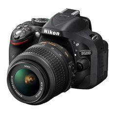 Cámara réflex digital Nikon D5200 con Objetivo 18-55 mm VR Electrónica ❤ liked on Polyvore featuring photo