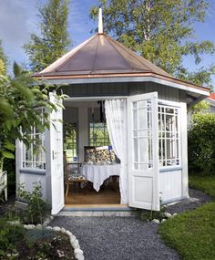 Want to build or decorate a backyard gazebo but you're low on inspiration? Read our article for amazing outdoor gazebo ideas that'll transform your garden! Outdoor Gazebos, Backyard Gazebo, Garden Gazebo, Backyard Retreat, Outdoor Rooms, Outdoor Living, Backyard Garden Design, Small Garden Summer House Ideas, Gazebo Lighting
