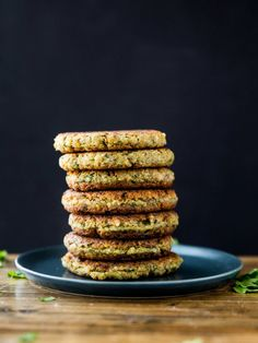 Easy vegan and gluten free falafel patties that are lightly pan-friend to golden brown, and drizzled with a quick tahini dill dressing. Dill Dressing, Dressing Recipe, Tahini Dressing, Finding Vegan, Vegetarian Entrees, Love Eat, Fritters, Vegan Recipes, Vegan Food