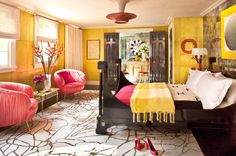 Yellow guest room. Xk