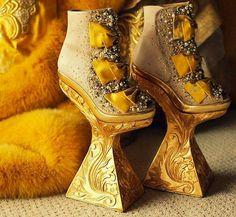 Chinese fashion designer Guo Pei