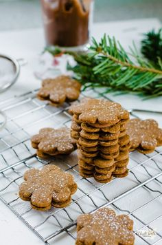 spekulky plněné čokoládovým krémem Biscuits, Cookies, Eat, Recipes, Food, Rezepte, Essen, Biscuit, Cookie Recipes