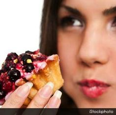 #HealthTip of the day! How many times should you chew your food before you swallow? Learn 6 reasons why you should properly chew your food: Absorb more nutrients & energy from food Maintain a healthy weight Easier Digestion Its good for your teeth! Less bacteria in your intestines Enjoy & taste your food