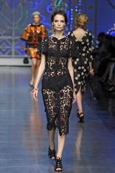 Вязаные черные платья. Вязаные крючком ажурные платья   3vision - Fashion blog