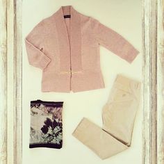 Inside a subscriber's Pretty Lady StyleBox #7! Fall feminine colors for the office. #pennsylvania #fashionista #stylebox #fallfashion #ootd #flatlay #ladiesstylebox #subscriptionbox #humpday #shopping #ivankatrump #cynthiarowley #laundrybyshellisegal