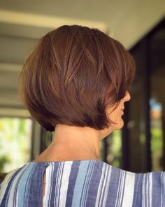 17 Short Layered Bob Haircuts Trending in 2019 Style My Hairs Short Layered Bob Haircuts, Stacked Haircuts, Short Hair Cuts, Short Hair Styles, Layered Bob With Bangs, Bob Hairstyles For Thick, Bob Haircuts For Women, Hairstyles Haircuts, Crazy Hairstyles