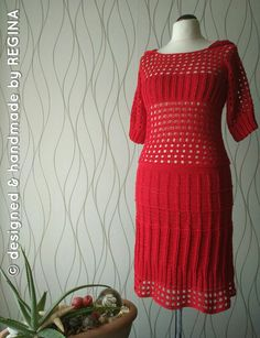 Short Sleeve Dresses, Dresses With Sleeves, Lady, Fashion, Rectangular Rugs, Moda, La Mode, Gowns With Sleeves, Fasion
