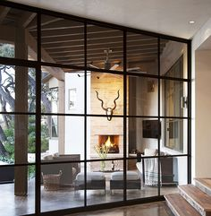Home Tour: Tasteful and Timeless in Austin// outdoor tv, outdoor living room, outdoor fireplace