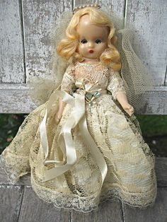 Vintage Nancy Ann bride doll lace and tulle