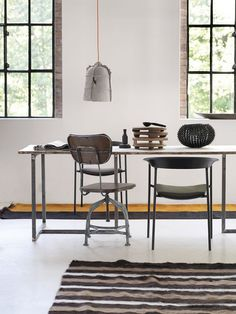 Two tables | Some inspiration for the weekend