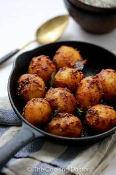 bombay potatoes, easy and healthy side dish! This is a very popular dish in most…