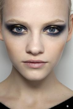 Jason wu look - gorgeous twist on the smokey eye with a touch of gold