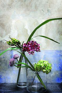 Source: SIA Home Fashion .mehr dazu im heutigen Interior Tipp Home Fashion, Cool Furniture, Color Inspiration, Flower Arrangements, Glass Vase, House Design, House Styles, Interior, Floral