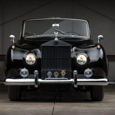 Sleek and stylish. Ferrari F40, Lamborghini Gallardo, Maserati, Bugatti, Bentley Rolls Royce, Rolls Royce Cars, Rolls Royce Phantom Interior, Rolls Royce Silver Cloud, Drag Racing
