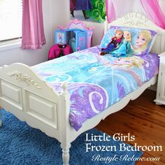 Restyle Relove: Little Girls Frozen Bedroom