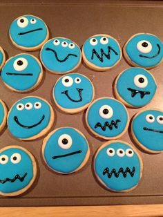 Freakin' adorable monster cookies from The Recipe Club