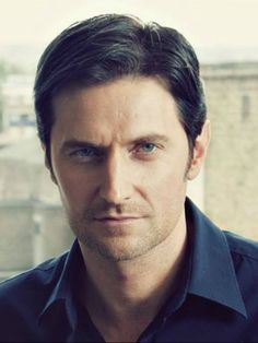Original image from https://www.facebook.com/pages/Richard-Armitage-Bulgaria/441751469190001
