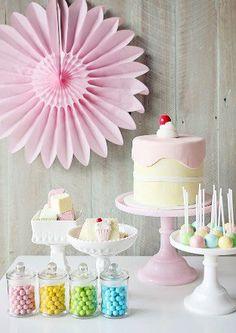 Pastel party decor