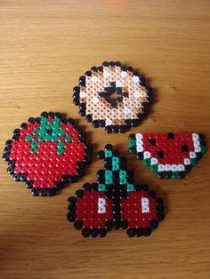 Resultado de imagen para cool hama bead designs