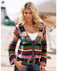 crochet sweater pattern women Nobody will guess that you have created this beautiful sweater from a simple rectangle. Made of extremely soft yarn for a comfortable look, bu Crochet Bolero, Gilet Crochet, Crochet Jacket, Crochet Cardigan, Knit Crochet, Free Crochet, Crochet Style, Crochet Tops, Crochet Crafts