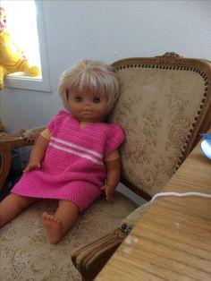 klänning till söta dockan