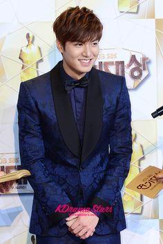 Lee Min Ho Dance Sing, Boys Over Flowers, Lee Min Ho, Minho, Korean Actors, Gorgeous Men, Shinee, Male Models, Awards