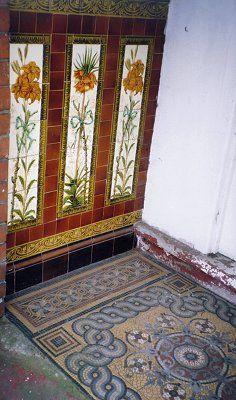 THE DIRECTORY OF ARCHITECTURAL CERAMICS IN WOLVERHAMPTON Porch Wall Tiles, Azulejos Art Nouveau, Victorian Porch, Rooftop Design, Unique Tile, Wolverhampton, Decorative Tile, Porch Ideas, Tile Patterns