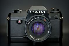 Contax 137 MD - with 50mm Zeiss Planar 1.7 lens