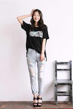"""They're at it again! itsmestyle is showing more fun options for Spring and Summer, like this oversized t shirt, distressed jeans and sandals. Loving the jeans rolled up to """"just there"""" at the ankle! Perfect!   -Lily  #asianfashion"""
