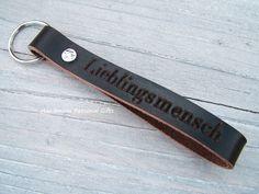 Schlüsselanhänger - Schlüsselanhänger Leder, Taschen-Anhänger mit Name - ein Designerstück von HandmadePersonalGifts bei DaWanda