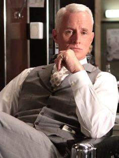 John Slattery (Roger Sterling - Mad Men)
