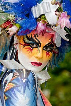 damenkostüme karneval gesichtsbemalung