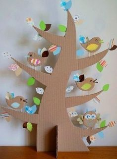 Fun for a Class to do a Tree full of birds, teaching about habitat! albero con silhouette in cartone Kids Crafts, Easter Crafts, Projects For Kids, Diy For Kids, Diy And Crafts, Craft Projects, Arts And Crafts, Decoration Creche, Cardboard Crafts