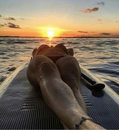 It's late summer urf lesson is free How are you, couple? It's late summer and we're offering free surfing lessons. Sup Stand Up Paddle, Enjoy The Silence, Sup Yoga, Yoga Posen, Beach Aesthetic, Surf Girls, Insta Photo, Paddle Boarding, Outdoor Travel