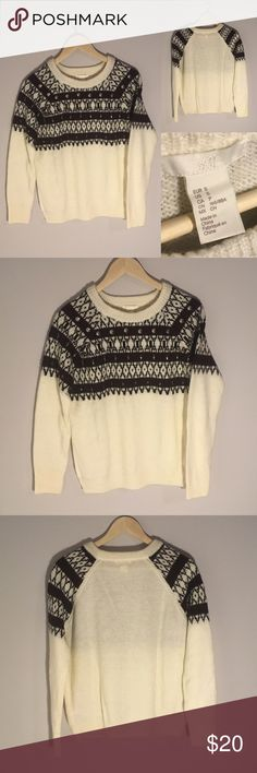 NWOT H&M Fair Isle Patterned Sweater This fair isle patterned sweater from H&M has never been worn! It is cream with maroon and black details on the pattern that wraps around the front of the sweater. It also has some beading along the pattern of the sweater for a little something extra! Women's Size S. H&M Sweaters Crew & Scoop Necks
