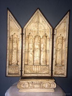 EXCEPCIONAL TRIPTICO TALLADO EN HUESO S.XIX - CAPILLA DE VIAJE - (Arte - Arte Religioso - Trípticos)