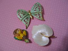 Vintage Jewelry Figural Brooch Pin Butterfly Bird Nest Enamel Leaf Signed LG #LGunsigned