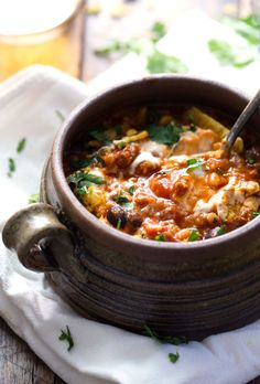 30 Minute Spicy Ancho Turkey Chili - made with turkey, farro, black beans, tomatoes, and a kick of heat! Chili comfort food that's feel-good healthy. 300 calories. | pinchofyum.com #turkey #chili #recipe #healthy