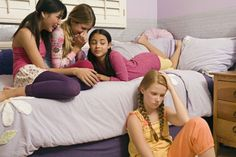 5 Ways to Keep Your Daughter Away From Toxic Friends