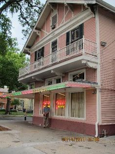 Mandina's...Italian-Creole neighborhood joint...on Canal at South Cortez...a true locals place in New Orleans