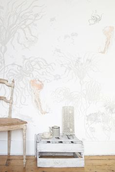 SOOOOOOOOO want this wall paper! Elli Popp For The Home