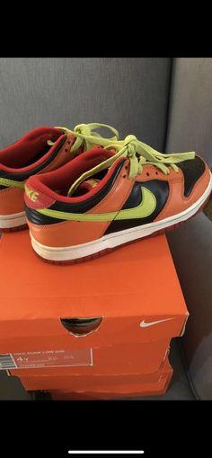 d915463dc05b Nike Dunks  fashion  clothing  shoes  accessories  kidsclothingshoesaccs   unisexshoes (ebay