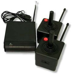 The first wireless controllers ever created. These used one nine volt battery in each controller. They were precise up to 30 ft away. The only downside was the bulkiness. But extremely ingenious, especially given the time these were made in. Playstation, Arcade Table, F Video, Game Codes, Retro Video Games, Childhood Toys, Vintage Games, Retro Toys, Video Game Console