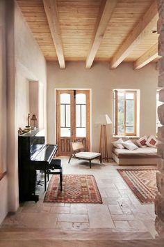 Exposed wood ceilings (Photo: Yael Gabrieli)