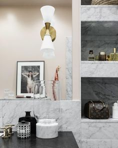 "539 gilla-markeringar, 3 kommentarer - Amanda Moritz (@insideinteriorstories) på Instagram: ""Bathroom inspiration from the gorgeous home of @petratungarden 💛 #bathroominspo #marble #marmor…"""