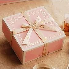 Pink Gold Cake, Pink Cake Box, Pink And Gold, Cake Boxes, Dessert Boxes, Cookie Packaging, Box Packaging, Cheese Packaging, Shipping Box Sizes