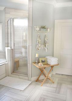 Floor and shower tile. Bathroom Floor and shower tile. Bathroom Floor and shower tile is a Gray textured wood grain ceramic tile. #Graywoodtile #woodgrainceramictile #greywoodceramictile #BathroomFloortile #Bathroom #showertile Beautiful Homes of Instagram @ourvintagenest