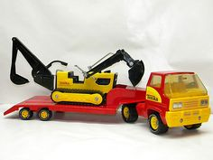 Vintage TONKA TOY Truck and Flat Bed Long Trailer Pressed Metal Steel Semi Toys