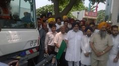 Inaugurated the first of its kind machinised cleaning and digital sanitation program from Municipal Corporation Bhavan Sec. 68 Mohali. The project will cost about Rs 12 crore. The sanitation will be completed during night from 11pm to 5 am in the town. Moving towards cleaner cities in Punjab. #SukhbirSinghBadal #ShiromaniAkaliDal #CleanPunjab #DigitalSanitation