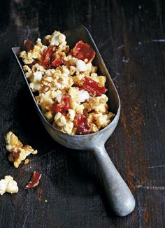 In this bacon bourbon butterscotch popcorn recipe, bourbon-spiked, butterscotch-coated popcorn rises to a whole new level of irresistible with the addition of crisp, salty bacon.–Morgan Murphy and Editors of Southern Living
